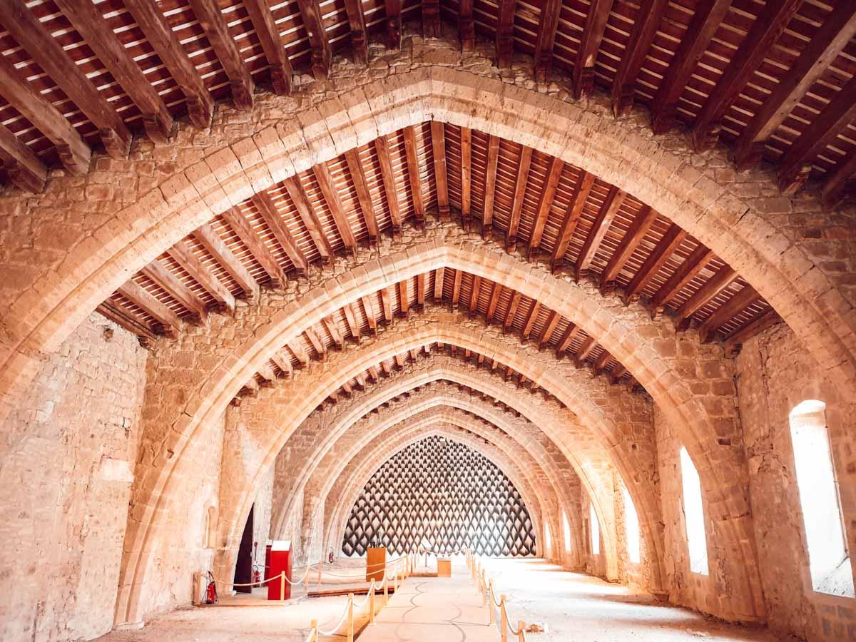 Abbaye de Lagrasse dans l'Aude