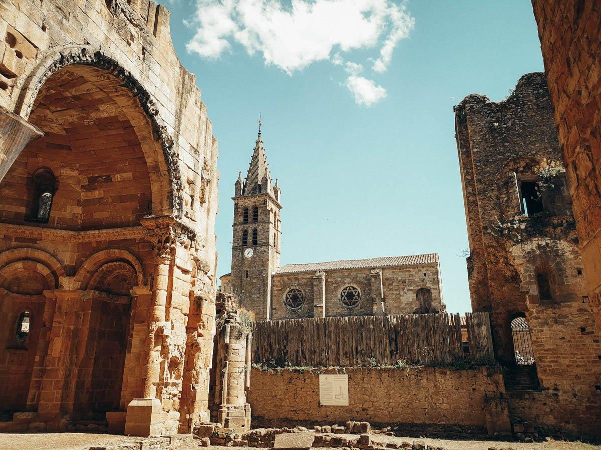 L'abbaye d'Alet-les-Bains