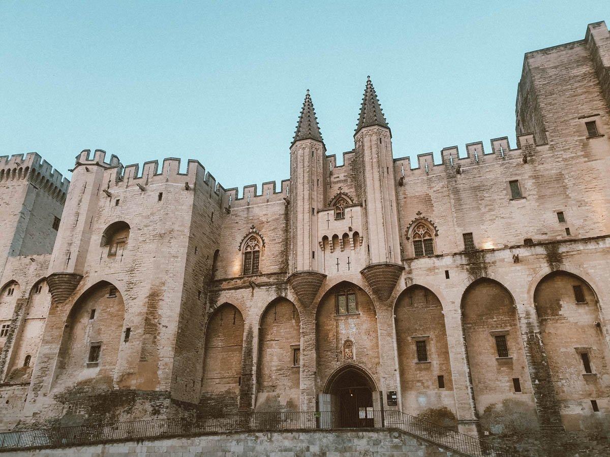 Visiter Avignon : où dormir ?