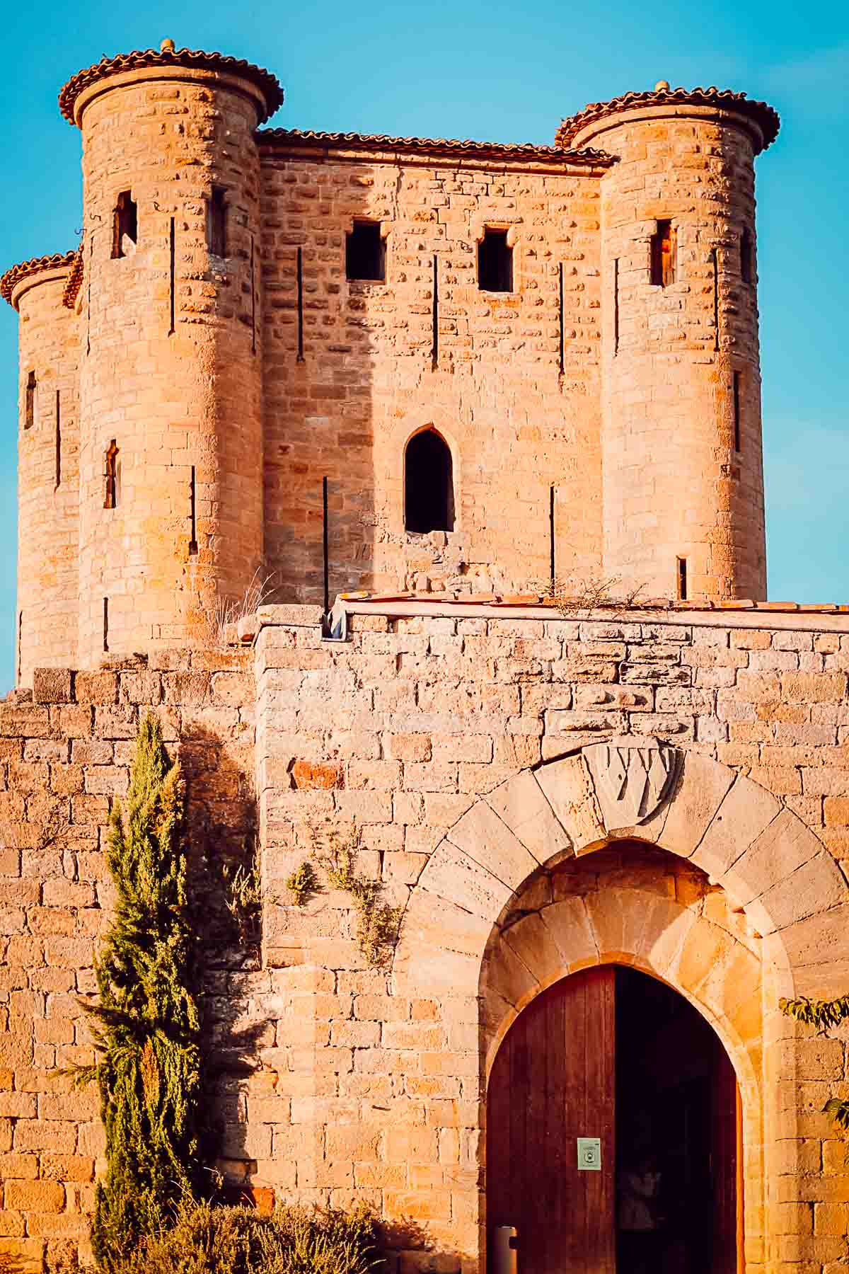 visiter le Château d'Arques avec son donjon gothique