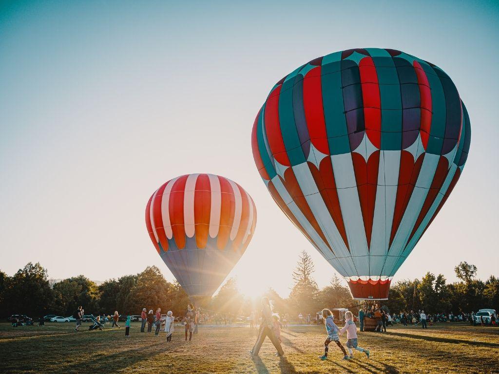 3 lieux à découvrir avec un baptême en montgolfière
