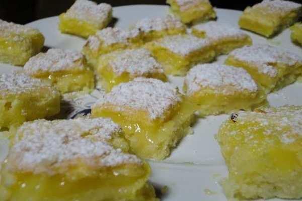 Le rubriche di Cettinella..quadrotti al limone..