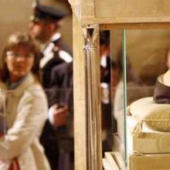 Giubileo, le spoglie di Padre Pio  a Roma ..Video