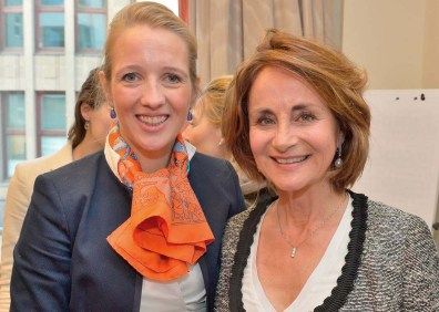 Caroline Freisfeld und Dr. Cristina Barth-Frazzetta