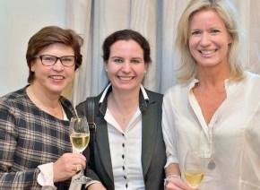 Ceu_Prof.Annette Uphaus-Wehmeier, Marina Tcharnetsky und Katja Kleffmann