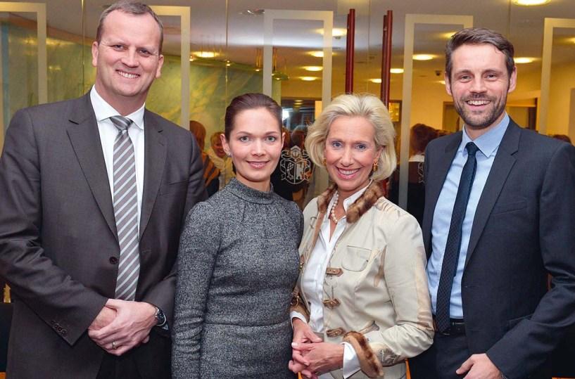 Dr. Jörn Quitzau, Silke Krüger, Kristina Tröger, Markus Zipperer (v.l.n.r.)