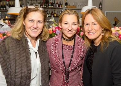 Dietlinde Santer, Andrea Brodtmann und Stefanie Schulze (Erfinderin der FlipFlops)