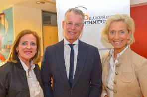 Birgit Saatrübe-Möllers, Prof.Dr. Thorsten Gehrke und Kristina Tröger