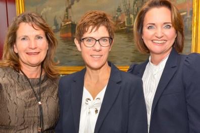 Christiane Götz-Weimer Weimer Media Group, Annegret Kramp-Karrenbauer, Anita Freitag-Meyer Verdener Keks- und Waffelfabrik-2