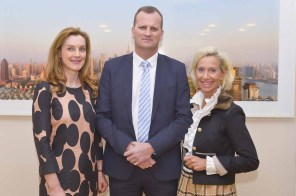 Andrea Lange und Dr. Jörn Quitzau Berenberg, Kristina Tröger CeU-Präsidentin