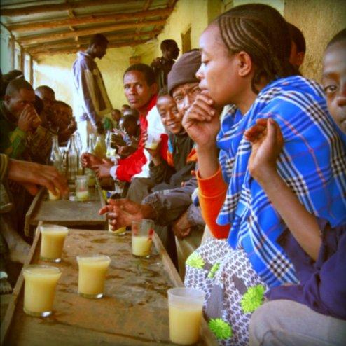 Tej trinken: Leckerer Honigwein zum Markttag