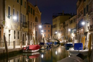 Nighttime strolls in Venice