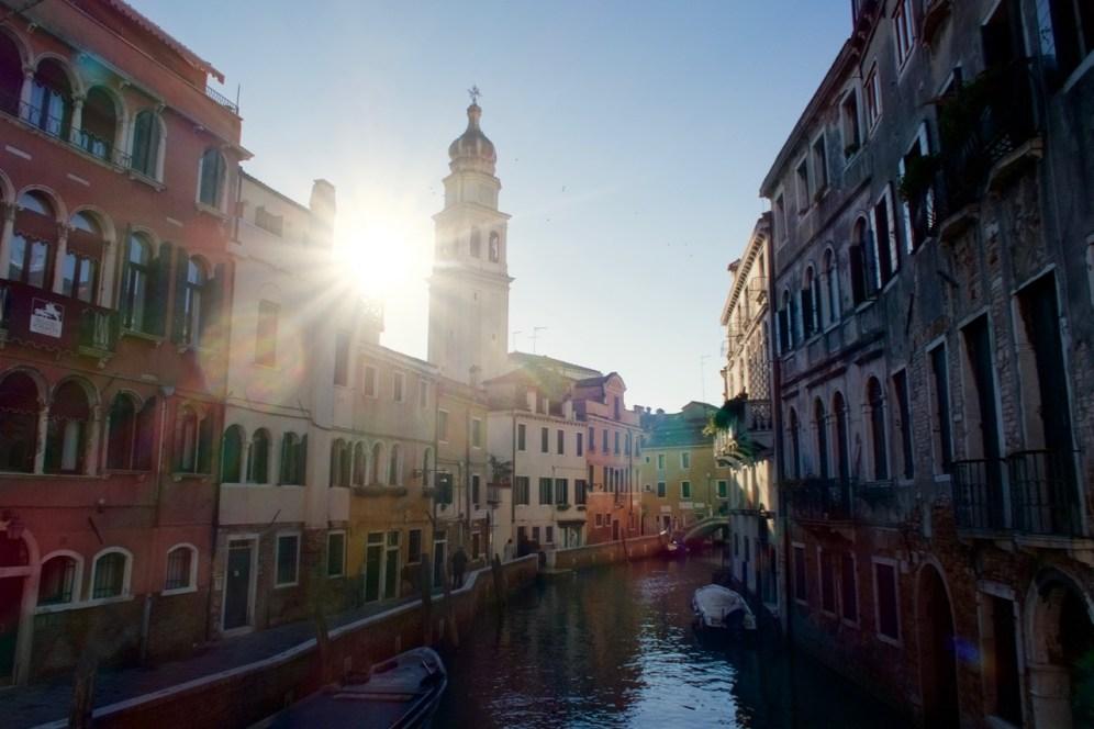 Castello Kanal Morgensonne Venedig