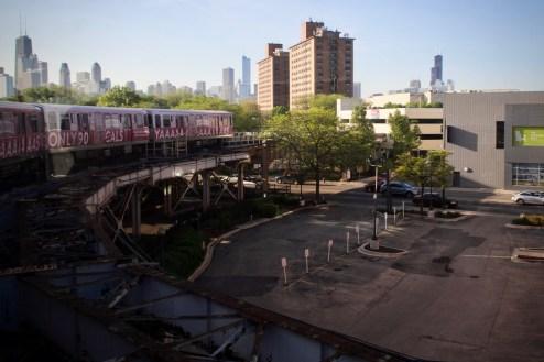 Unterwegs nach Downtown Chicago mit der 'L' - Chicago Elevated ist die Hoch- und U-Bahn von Chicago, USA.