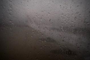 FR 2416 - durch die sehr verstaubten Fenster kann man kaum etwas sehen