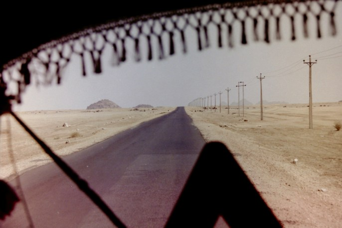 Sudan - Vorne im Bus auf dem Weg zu den Pyramiden von Meroë