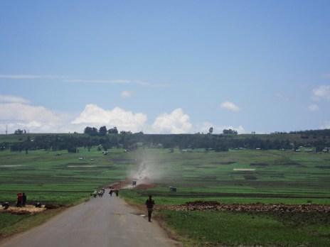Vor Bahir Dar, Äthiopien - unterwegs auf der Straße von Addis kommend