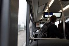 CDG - Im Bus unterwegs zwischen den Terminals. Eines meiner langweiligsten Fotos.