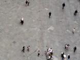 Wasserspur auf der Piazza del Duomo in Florenz