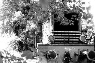 Alte Lokomotive hinterm Bahnhof in Bonn Beuel