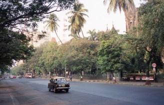 Taxi in Churchgate Area Mumbai India 2006 Fuji Superia 200