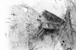 Verfallenes Haus im Bergdorf