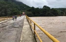 Desbordados los ríos a la altura de Valle Nacional