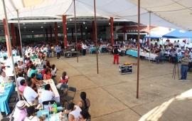 El lider del SUEM Gersain Hidalgo Cruz festejó este fin de semana el día del Empleado municipal.