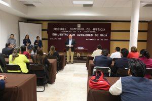 Encuentro del Magistrado Presidente del TSJVer, Edel Álvarez, con Auxiliares de Sala y Administradores Judiciales