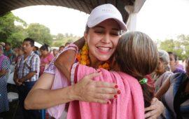 Llevamos desarrollo a los pueblos indígenas de Veracruz: Anilú Ingram