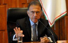 ¿Yunes Linares dejaría gubernatura?
