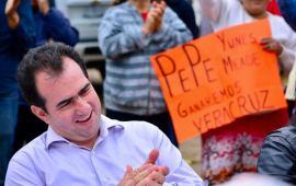 Para las jefas de familia, nuestro respeto y consideración: Pepe Yunes