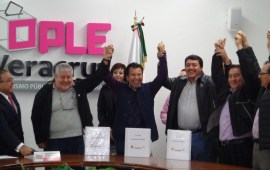 """Se firmó el convenio de la Coalición""""Juntos haremos historia""""integrada porPT-MORENA-PES."""
