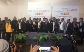 """El PAN, PRD y MC registran alianza ante el OPLE con la coalición """"Por Veracruz al Frente"""""""