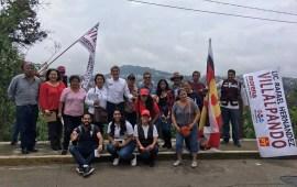 Hernández Villalpando visita colonia Cerro Colorado