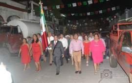 El Alcalde Julio Ortega realizó un emotivo primer Grito de Independencia en Catemaco