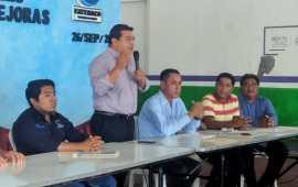 En Catemaco, Julio Ortega fomenta la cooperación y fortalece la identidad cívica y cultural en las 38 comunidades
