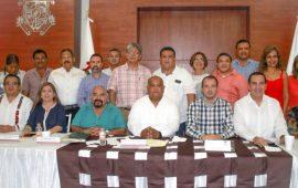 Que le vaya mejor a Veracruz, compromiso de Cuitláhuac: Eric Cisneros