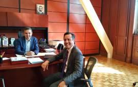 Gobernador Cuitláhuac García visita a César Yañes