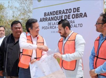 Anuncia Gobernador más de 5 mil mdp en infraestructura carretera para Veracruz