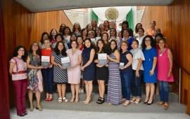 Reciben diputadas, de asociaciones civiles, la Agenda Legislativa de Género 2019