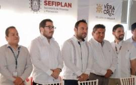 Fortalece SEFIPLAN los planes de desarrollo municipal en Tuxpan y Tantoyuca