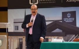 Magistrado Víctor Manuel César Rincón imparte curso sobre remate y sucesiones a servidores públicos del Poder Judicial