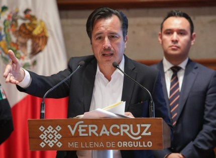 Se ahorrará 4 mil 600 mdp con reestructura de la deuda pública: Gobernador Cuitláhuac