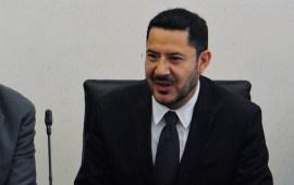 Martí Batres pierde presidencia del Senado, Mónica Fernández lo sustituye