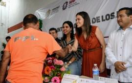 Gracias al trabajo conjunto entre Gobierno Estatal y Poder Judicial 47 sentenciados indígenas han obtenido su libertad: Esmeralda Ixtla