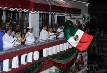¡Viva México!, grita Coatzacoalcos
