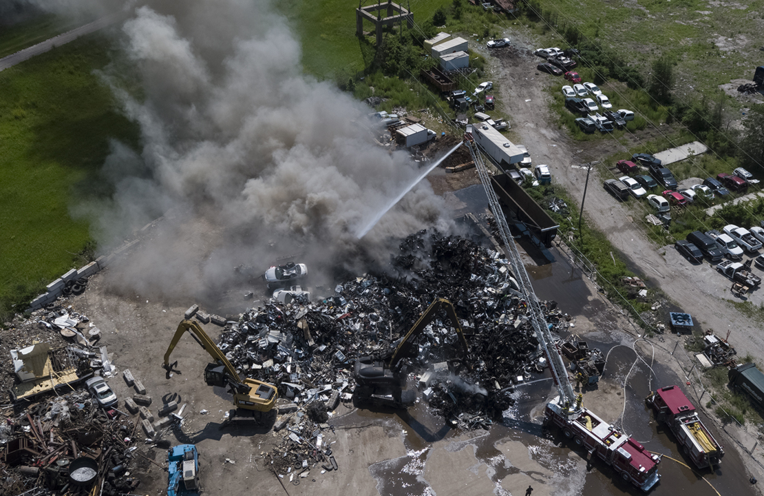 hight resolution of scrap metal fire in kck sends plumes of smoke that could be seen for miles the kansas city star