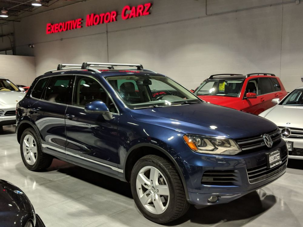 medium resolution of 2011 volkswagen touareg lux lake forest il executive motor carz in lake forest