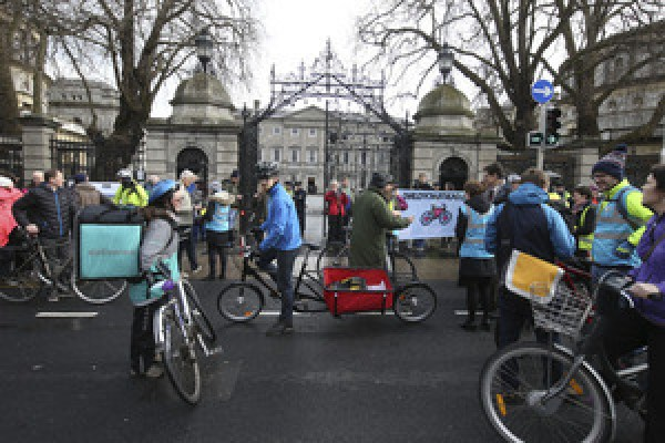 cycling protest 533_90503529